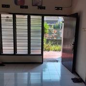 Rumah 2 Lantai Di Tengah Kota Daerah Gading Kasri Klojen Malang