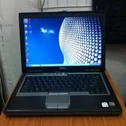 Laptop DELL Latitude D620 Core2Duo Layar 14Inch