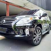 Lexus LX 570 V8 5.7 AT Th 2010 Hitam
