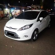 Ford Fiesta Type S Matic Tahun 2012 Warna Putih