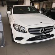 Best Price Mercedes-Benz C200 Putih 2019