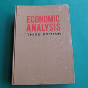 Economic Text Books for Economic Student