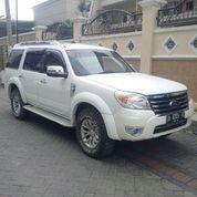 Ford Everest Putih 2013