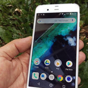 Android Sharp Aquos SH-04H Snapdragon 820
