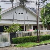 Rumah Menteng Jakarta Pusat Baru