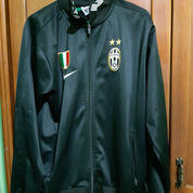 Jacket Juventus Hitam (Barang Preloved)