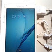 Samsung Galaxy Tab A 2016, Mulus Dan Accesoris Masih Lengkap Dan Bagus Tanpa Cacat