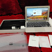 Laptop Apple Macbook Air 11-Inch Lengkap