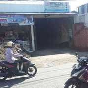 Toko Strategis Nol Jalan Lidah Kulon Surabaya