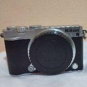 Nikon Mirrorless N1 J5 +Lensa Kit