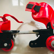 Sepatu Roda Merah