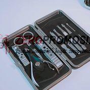 Souvenir Gunting Kuku Set - Manicure 9 Tools Set Tipe 233
