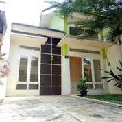 Rumah Cibubur Cikeas Dengan Konsep Mezzanine Lokasi 10 Menit Ke Tol Cimanggis