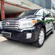 Landcruiser 4.5 UK CBU AT Diesel Th 2012 Black