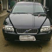 volvo S 80 2.3 turbo thn 2005 w hitam