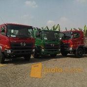 Hino Tractor Head Surabaya SG 260 TH