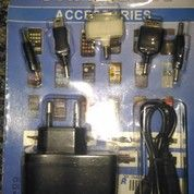 Aksesoris handphone semua tipe HP chargeran power bank headset/earphone