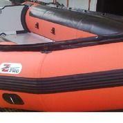 Perahu Karet ZEBEC Kapasitas 12 Person