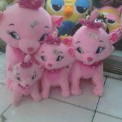 Boneka mainan anak kucing Merry pink film kartun the merry Cat 4 ukuran SNI