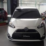 Toyota Sienta V Cvt Putih