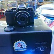 camera mirrorless Olympus OM-D E-M10