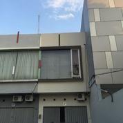 Ruko / Rukan 2 Lantai Siap Pakai, Jl. Kanal (Sompok) Semarang