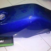 Tangki bensin Kawasaki Ninja R Original, Ready Stock