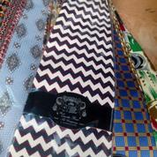 for sale borongan aja ya dasi branded ori ada 200 pcs (gak diecer)