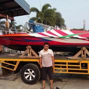 Speed Boat Panjang 5,1 Meter