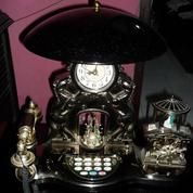 Jam Hias 3 in 1 ( JAm + LAmpu Tidur + Telepon kabel )
