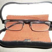 Kacamata Unisex Merk Rodenstock