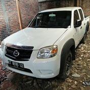 Mazda BT 2012 Putih