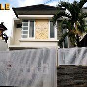 Di Rumah Baru Dua Lantai di Kebo Iwa Selatan Denpasar