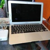 MacBook Pro, Air dicari