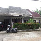 Rumah Di Villa Andhika