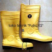 Pvc Rain Boots atau Sepatu Boots Safety