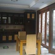 Rumah dijual Di taman Bromo lippo karawaci full furnished