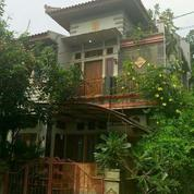 Rumah di Samarinda (Nyaman Sejuk dan sangat strategis)