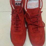 Sepatu racing sued merk RJS ukuran 44.