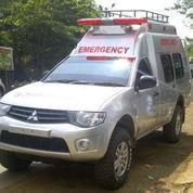 Mobil Ambulance 4x4