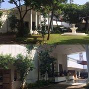 rumah classic nan mewah jakarta selatan