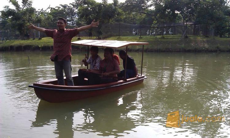 Perahu dayung mini ka perahu karet 10421863