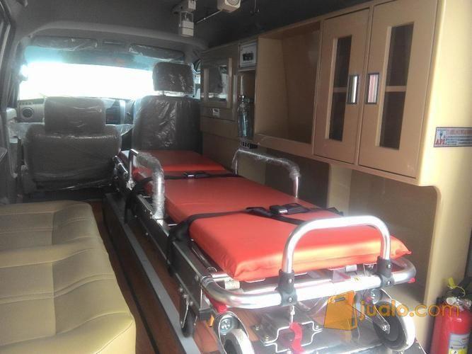 Men ambulance baru mobil suzuki 11347179