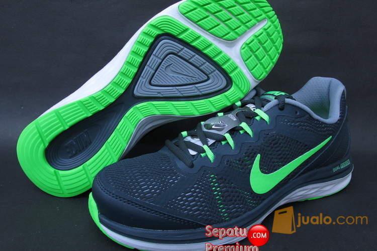 Sepatu Nike Dual Fusion 11