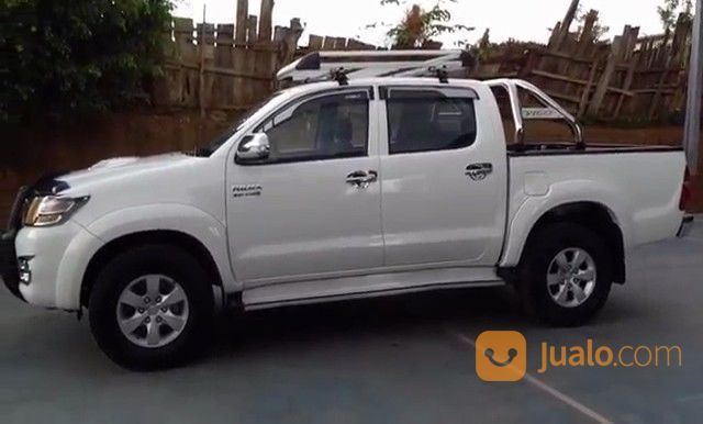 Toyota hilux 2014 mobil toyota 14167059