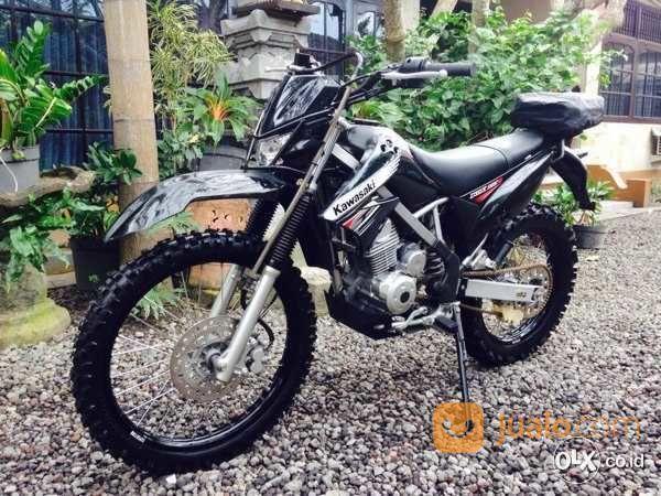 Kawasaki klx hitam th motor kawasaki 15903261