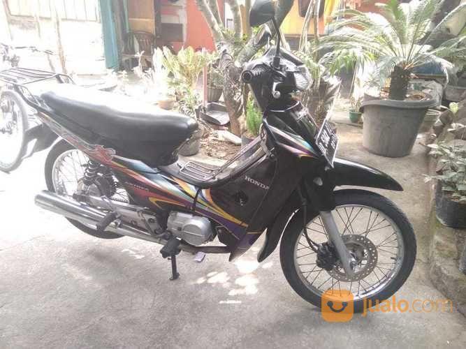 Supra x 100 tahun 201 motor honda 16538457