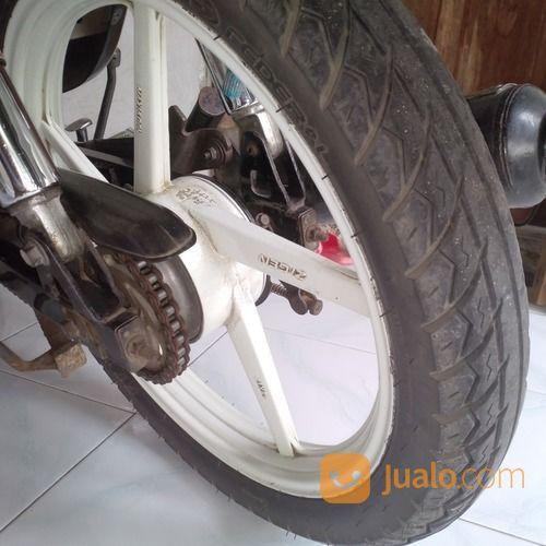 Butuh uang sepeda mot motor suzuki 18354583