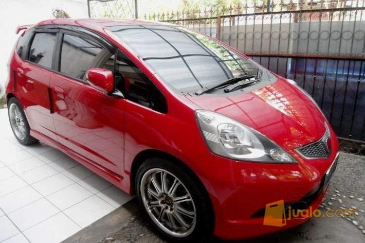 87 Gambar Mobil Jazz Merah HD