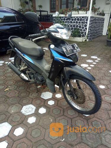 Revo hitam manis motor honda 19756371